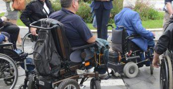 Ερώτηση της Ευρωκοινοβουλευτικής Ομάδας του ΚΚΕ για τις νέες περικοπές και την κατάργηση αναπηρικών συντάξεων και επιδομάτων αναπηρίας