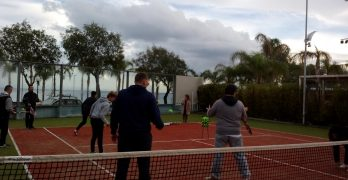 Δωρεάν γνωριμία-εκμάθηση-εκγύμναση αρχαρίων ενηλίκων, στο άθλημα της αντισφαίρισης (Tennis)