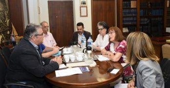 Συνάντηση του ΓΓ της ΚΕ του ΚΚΕ Δ.Κουτσούμπα με την Ελληνική Ομοσπονδία Καρκίνου