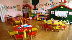 Δρόμος μετ' εμποδίων για χιλιάδες οικογένειες η αναζήτηση μιας θέσης σε παιδικό σταθμό